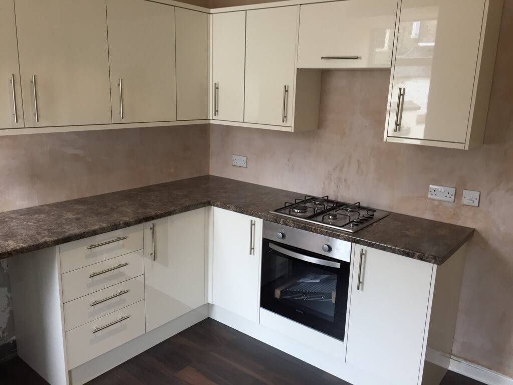 Howdens Kitchen Fitter Skipton Tf Building And