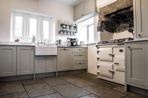 Joiner made shaker kitchen. Kitchen designer in Skipton North Yorkshire